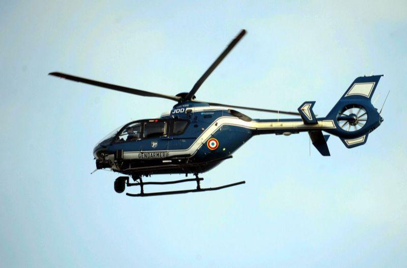 Toulouse un an ferme pour un gilet jaune qui a vise au laser un helicoptere de la gendarmerie